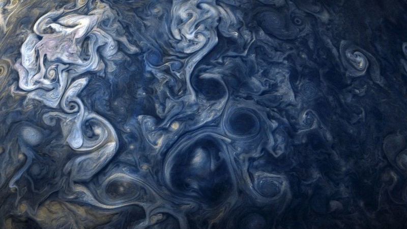 Фотографии Юпитера выглядят как произведение современного искусства